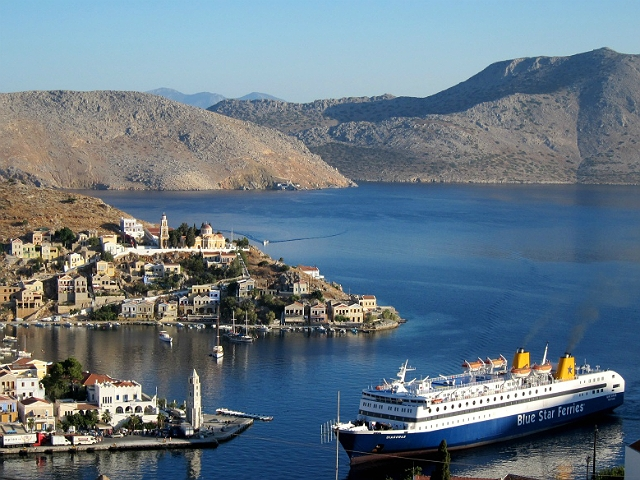More Cruise Ships Sail To Greek Islands