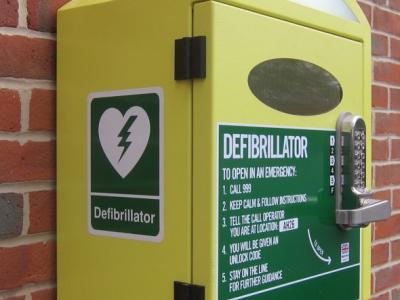 Defibrillator-box-outside-Chandlers-Ford-Methodist-Church